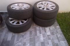 """Selling: VW LE MANS 17"""" set w tires"""