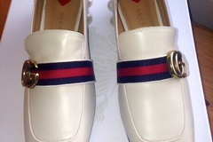 Ilmoitus: Hurmaavat ja tyylikkäät uudet Gucci loaferit