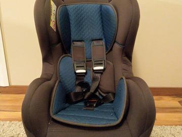 Myydään: Car seat