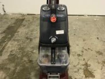 Renting out equipment (w/o operator): Hoover Carpet Cleaner