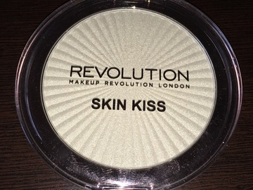 Venta: Skin Kiss de Makeup Revolution