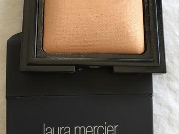 Venta: Polvos Laura Mercier