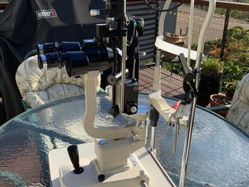 Selling with online payment: TOPCON SL3D slitlamp w Goldman tonometer