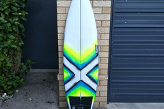 """Daily Rate: Yugen - 5'11"""" Shortboard"""