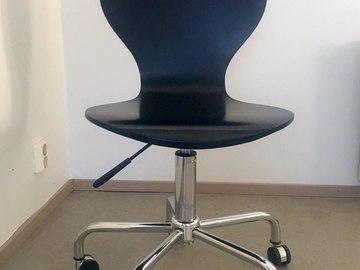 Myydään: Adjustable chair