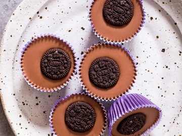 Online Listing: Nutty Oreo Cups (2 Cups Per Pack) - 12 Packs