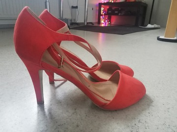 Selling: Orange strapped stilettos. Size : 40