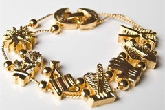 Buy Now: 40 pcs-- Gardener's Slide Charm Bracelet-- $2.50 each