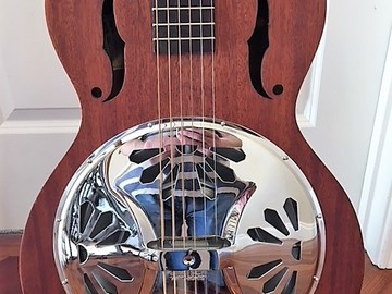 Selling: Gretsch G9200 round neck resonator