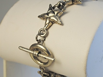 """Buy Now: 40-- Antique Silver Stars Bracelet w/Toggle Clasp 7 1/2"""" $2.99"""