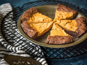 Online Listing: Chocolate Peanut Butter Cookie Pie - 8 Pies