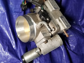 Selling without online payment: 70mm BBK Throttle Body with Spacer