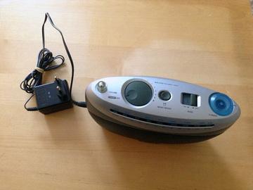 Myydään: Portable radio