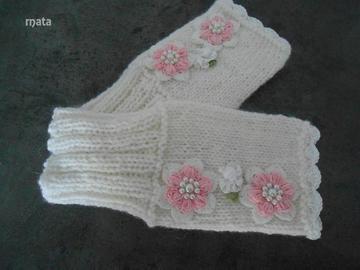 Vente au détail: mitaine fleur shabby chic/mitaines femme en laine/accessoires tri