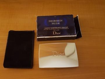 Venta: Diorskin nude trio de polvo, colorete y iluminador