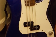 Renting out: Squier Fender Bass Affinity