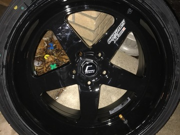 Selling: Cosmis wheels
