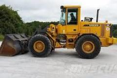 Renting out equipment (w/ operator): Loader Volvo L70
