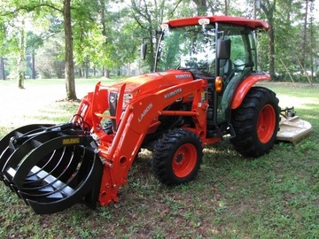 Renting out equipment (w/ operator): Kubota L4060 medium tractor with attachments