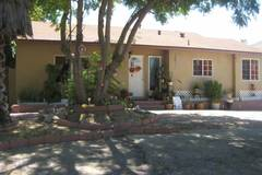 Monthly Rentals (Owner approval required): Van Nuys CA, Driveway Parking in safe neighborhood