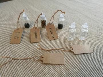 Ilmoitus: Pienet lasipullot