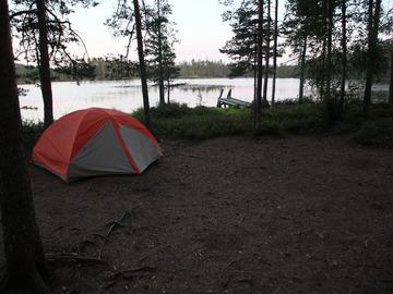 Uthyres (per natt): Marmot Tungsten 3P kolmen hengen teltta