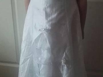 Ilmoitus: Morsiustytön mekko, 134 - 140 cm