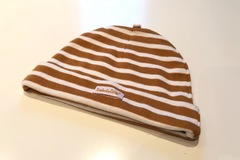 Selling with online payment: Timberland stripe beanie, one size