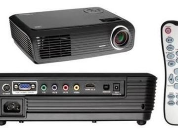 Selling: OPTOMA HD700X HD Ready Projector