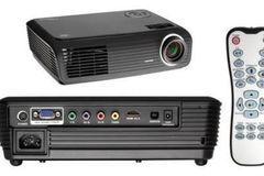 Myydään: OPTOMA HD700X HD Ready Projector