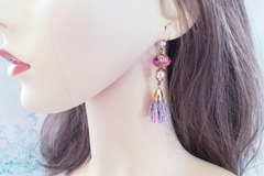Vente au détail: Boucles d'oreilles rose perle cristal et pompon