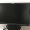 Myydään: Desktop monitor