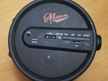 Myydään: Speaker