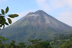 Réserver (avec paiement en ligne): Vélo/Randonnée : Une Aventure au pied des Volcans - Costa Rica
