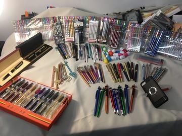 Buy Now: Randomly mixed elegant or cute pen, ball point pen, pencil
