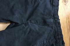 Selling with online payment: Black jeans, age 11 Yrs