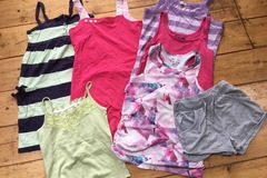 Selling with online payment: Beach dresses/shorts and T's bundle, age 7-8 Yrs