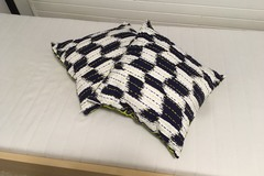 Selling: Pillow