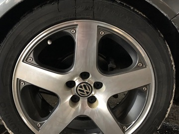 Selling: OEM VW Monte Carlo/Santa Monica wheels & tires