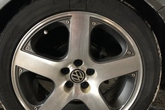 Selling: OEM VW Monte Carlo/Santa Monica wheels & tires