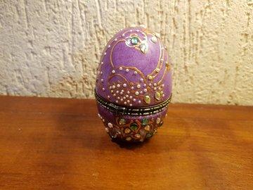 Vente au détail: Boîte à bijoux Œuf façon Fabergé en porcelaine