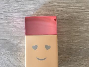 Venta: Benefit Hello Happy