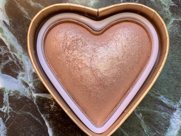 Venta: I heart makeup triple baked highlighter hearts - goddess of faith