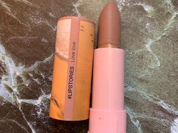 Venta: Sephora #lipstories lipstick matte 7 love love