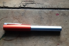 Renting out: Faber-Castell Loom Orange