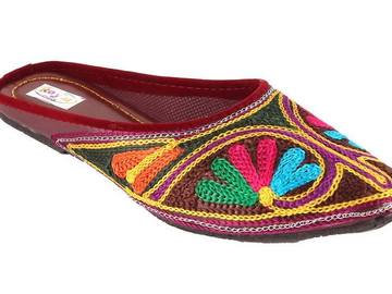 Buy Now: Embroidered Ethnic sandal lot - 100 Pairs