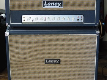 Renting out: Laney Lionheart L50H & 212 Cabinet with FS2 Footswitch