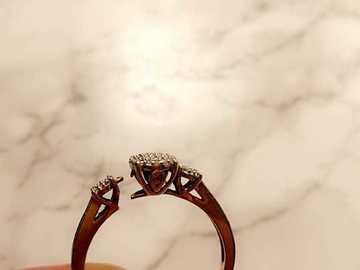 Ilmoitus: Upea timantti sormus