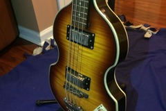 Renting out: Epiphone Viola Electric Bass Guitar