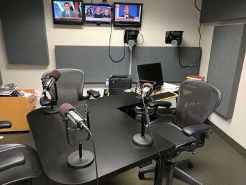 Rent Podcast Studio: District Productive Studio